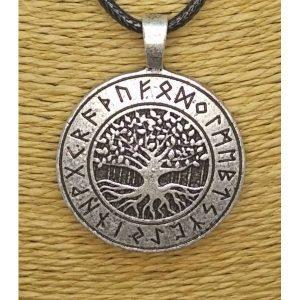 Collar Yggdrasil y Runas